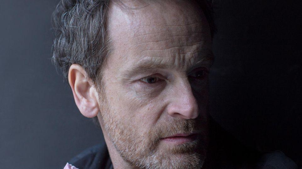 """Jörg Hartmann überzeugt sowohl im """"Tatort"""" als auch in """"Weissensee"""""""