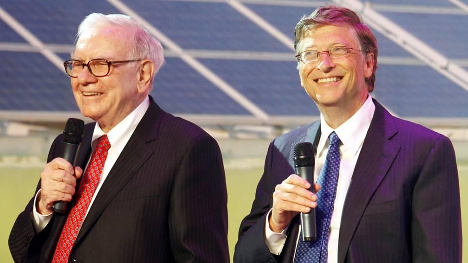 Bill Gatess Warren Buffet