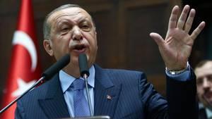 Der türkische Präsident Recep Tayyip Erdogan bei seiner Rede vor seiner Parlamentsfraktion in Ankara