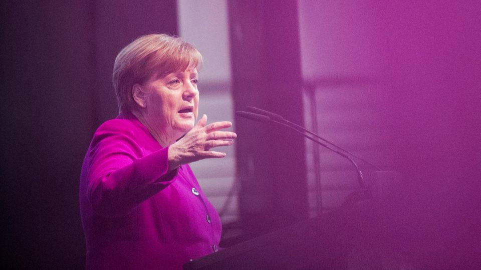 Angela Merkel spricht im Rahmen des Katholikentages