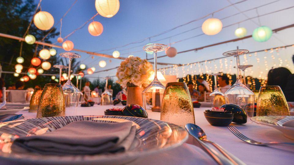 Tischlein edel gedeckt: Das Auge isst mit: Fünf einfache und raffinierte Ideen für die Tischdeko