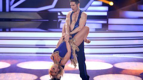 Iris Mareike Steen und Christian Polanc tanzten eine Salsa - mussten die Show aber am Ende verlassen