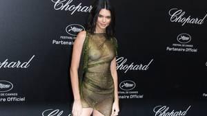 Kendall Jenner im Kleid von La Perla