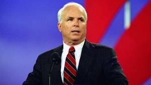 Die abfällige Bemerkung einer Mitarbeiterin des Weißen Hauses über den krebskranken Senator John McCain sorgt für Wirbel