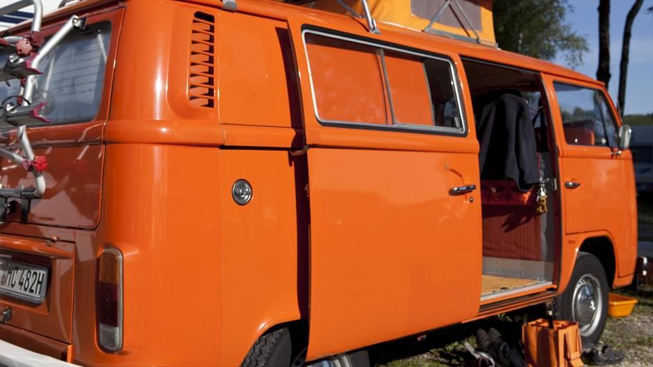 Nach gemütlichem Grillen Mann stirbt in seinem Campingbus