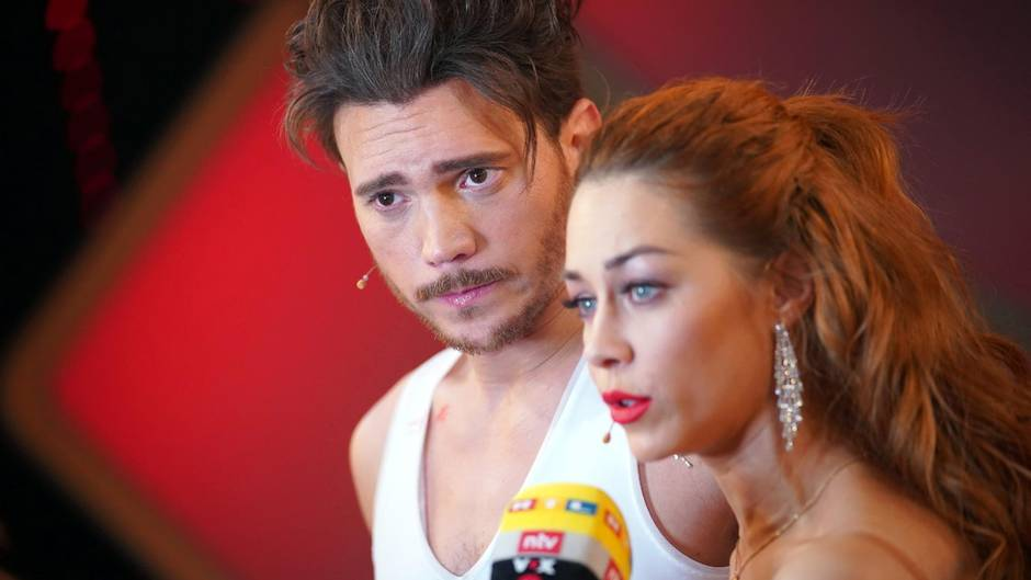 Bela Klentze und Oana Nechiti Let's Dance