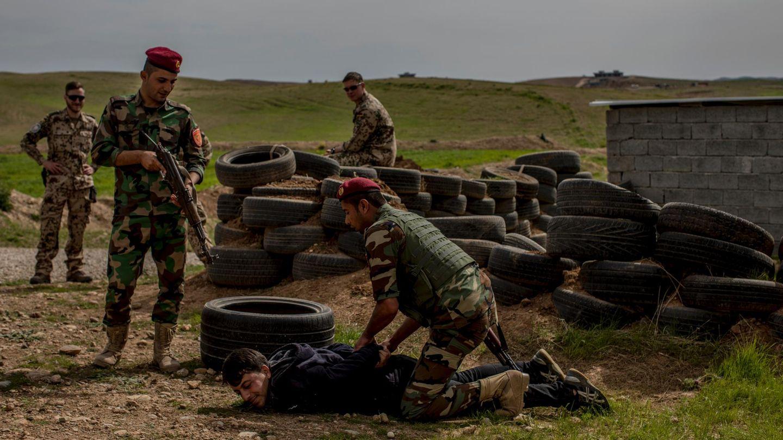 Peschmerga und Bundeswehrsoldaten im Training