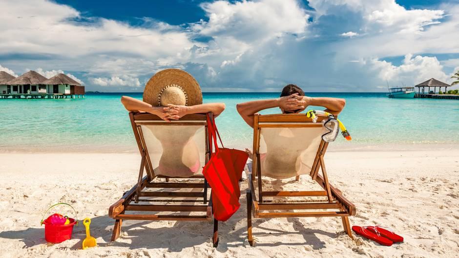 """Bald tritt das neue Reiserecht in Kraft: Was Sie für Buchungen ab dem 1. Juli 2018 berücksichtigen müssen finden Sie in der Juni-Ausgabe der Zeitschrift """"Finanztest""""."""