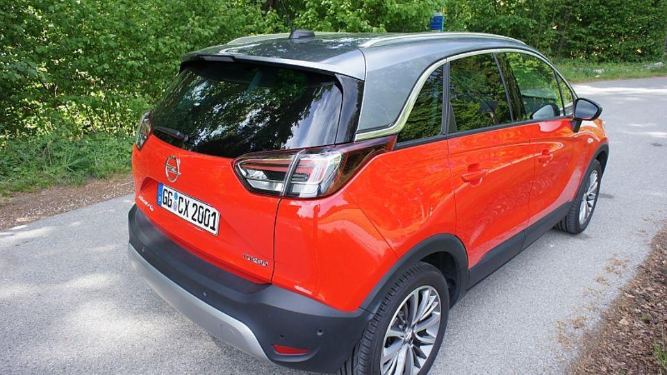 Der Opel Crossland teilt sich die Plattform mit dem Peugeot 2008 und dem Citroën C3 Aircross