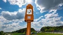 Die meistgenutzte Notrufsäule 2017 in Plech (Landkreis Bayreuht): eine von rund 17.000 an den deutschen Autobahnen