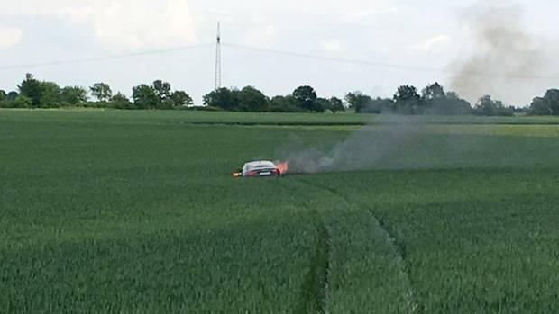 nachrichten deutschland - auto brennt