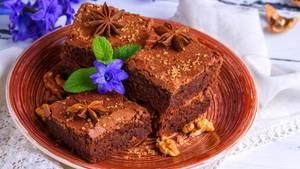 Brownies auf einem Teller