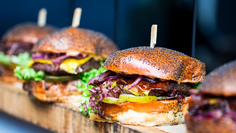 2010  In diesem Jahrzehnt haben wir die Qual der Wahl beim Essen: Burger, mexikanisch, peruanisch, koreanisch, vietnamesisch. Am besten so authentisch und gesund wie möglich. Die kulinarische Welt hat sich uns (zumindest in der Großstadt), zu Füßen gelegt.
