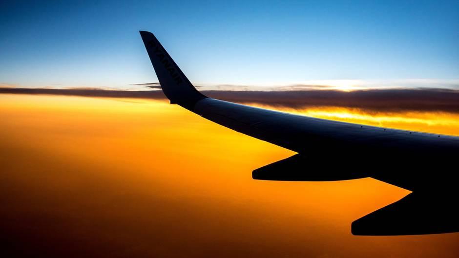 Gläserner Fluggast: Ab dem 25. Mai speichert das Bundeskriminalamt unter anderem die E-Mail-Adresse, Anschrift, Sitzplatzinformationen und Angaben zu den Mitreisenden für fünf Jahre.
