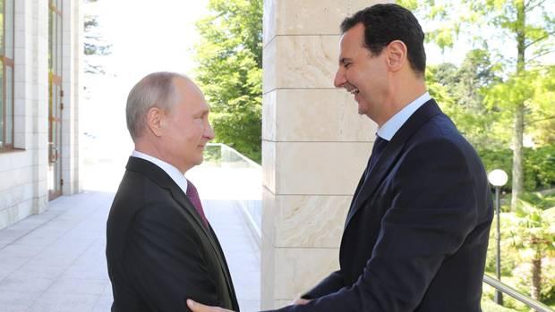 Wladimir Putin empfing und Baschar al Assad in Putins Sommerresidenz in Sotschi