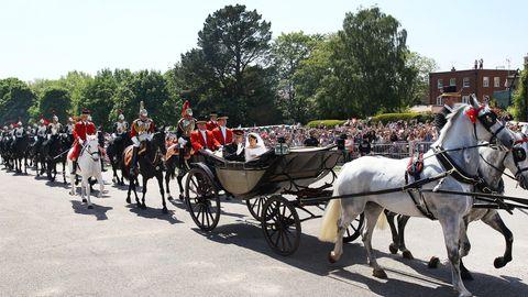 Prinz Harry und Meghan Markle in der Kutsche