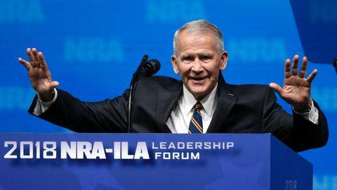 Übernimmt den Vorsitz der US-Waffenlobby NRA und hat ganz eigene Theorien zu Amokläufen: Oliver North