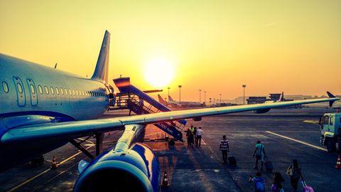 Flughafen Kontrolle Schulschwänzen