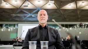 Rainer Schaller während seiner Aussage im Loveparade-Prozess in der Außenstelle des Landgerichts Duisburg