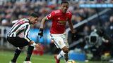 Anthony Martial, Manchester United  Für Anthony Martial (r.) lief die Saison nicht gut. Er kam unter José Mourinho nur wenig zum Einsatz und verpasste den Sprung in die französische Nationalelf.