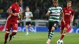 Fabio Coentrao, Sporting Lissabon    Der Linksverteidiger (rechts in grün) verpasste bereits den EM-Sieg Portugals vor zwei Jahren und verzichtete nun sogar freiwillig. Die Erklärung ist so simpel wie logisch: Die lange Saison war Fabio Coentrao zu ermüdend.