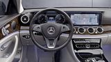 Mercedes E 300 L Chinaversion - das Cockpit