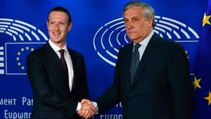 Mark Zuckerberg und Antonio Tajani