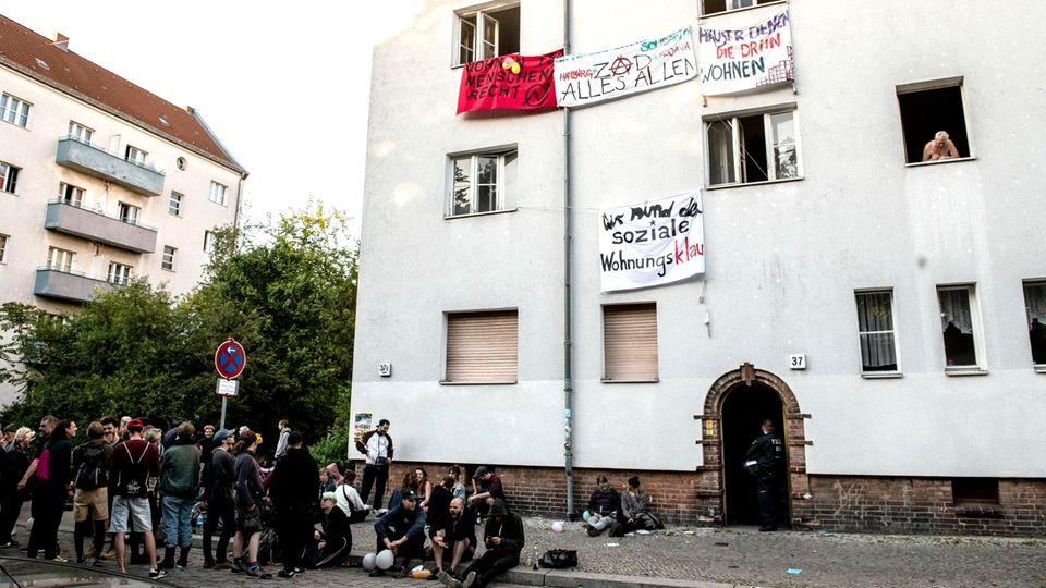 Wohnungsnot: Kampf um Wohnraum: Haubesetzung ist illegal, aber Leerstand auch