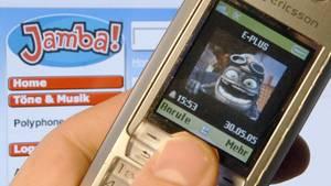 Da kommen Erinnerungen hoch: Als der Crazy Frog und Sony Ericsson noch heißer Scheiß waren
