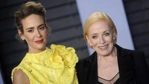 Sarah Paulson und Holland Taylor auf der Vanity Fair Oscar Party