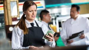 USA: Kellnerin bepöbelte Gäste, weil sie zu wenig Trinkgeld gaben