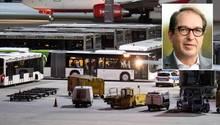 """Zurück nach Afghanistan:Am Flughafen München bringt ein Bus 50 abgelehnte Asylbewerber zum Flieger nach Kabul. Eine Maßnahme, die der Vorsitzende der CSU-Landesgruppe, Alexander Dobrindt, vermutlich begrüßt, der in Deutschland ja eine angebliche """"Anti-Abschiebungs-Industrie"""" am Werk sieht"""