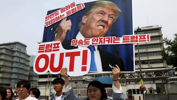 Donald Trump auf einem Plakat