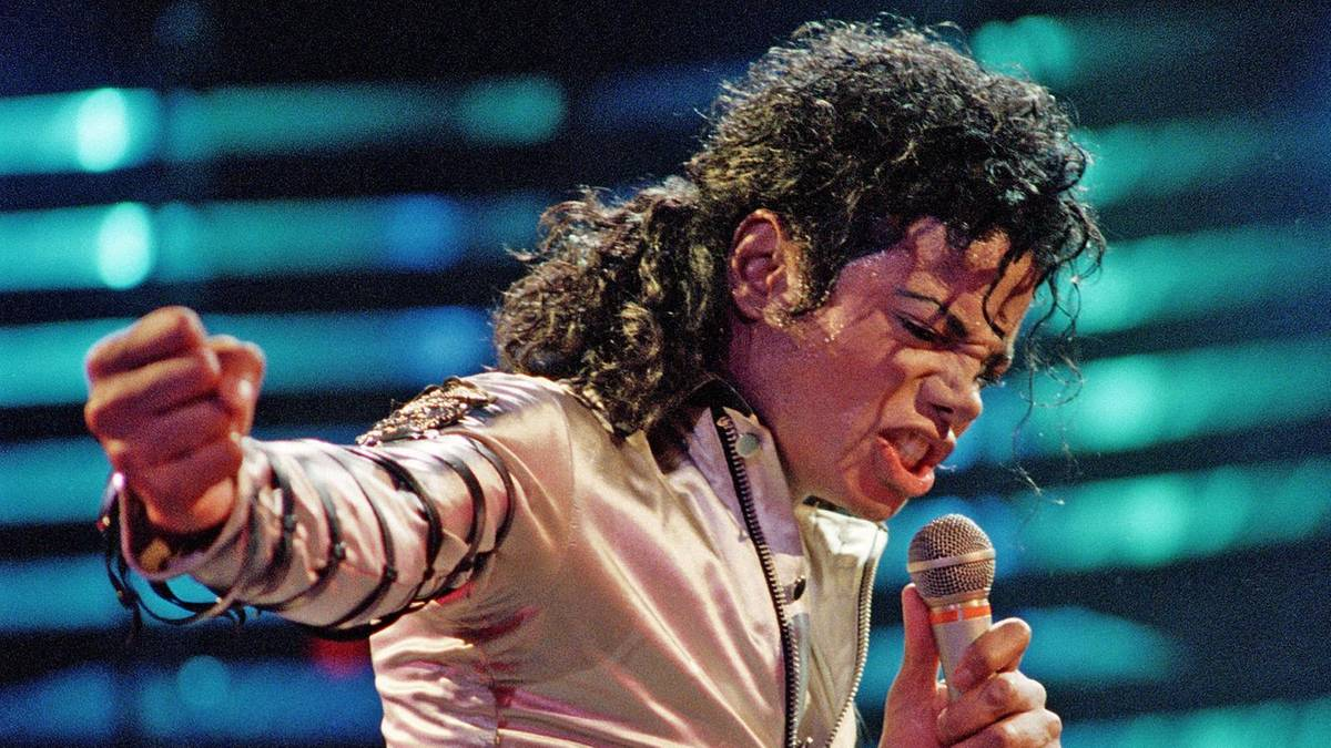 "Michael Jackson: Forscher entschlüsseln Move aus ""Smooth Criminal"" |  STERN.de"