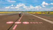 Flughafen Tempelhof im Sommer