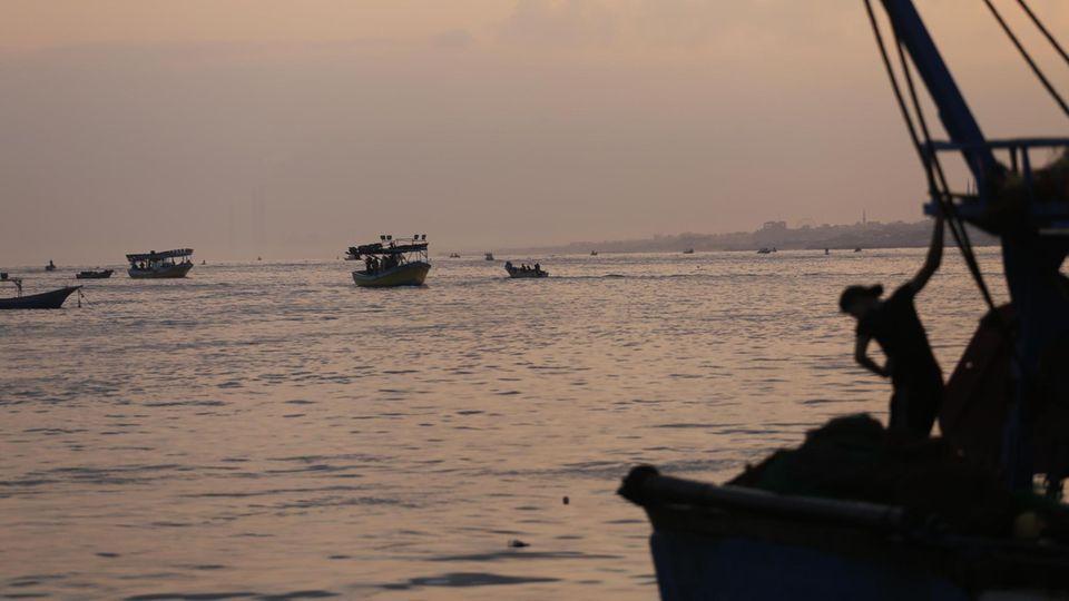 Fischerboote im palästinensischen Gewässer