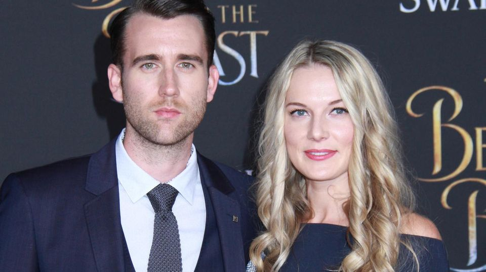 """Harry Potter""-Star Matthew Lewis mit seiner Frau Angela Jones"