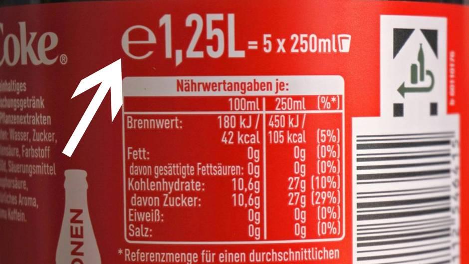 """Buchstaben-Entschlüsselung: Was bedeutet eigentlich das """"e"""" auf Dosen, Flaschen und Co.?"""