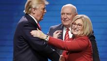 Diane Black und Donald Trump