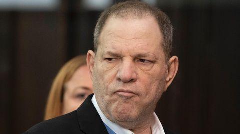 Harvey Weinstein wird wegenVergewaltigung und weiterer sexueller Vergehen angeklagt