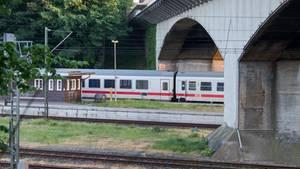 Der Intercity 2406 nach der Messerattacke im Bannhof von Flensburg