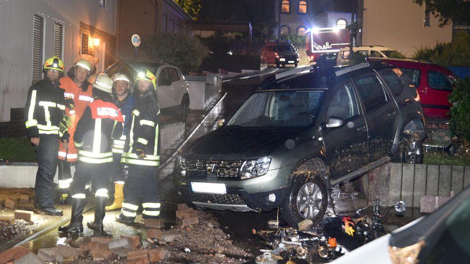 Trümmer und Überflutungen nach Unwetter in Saarbrücken