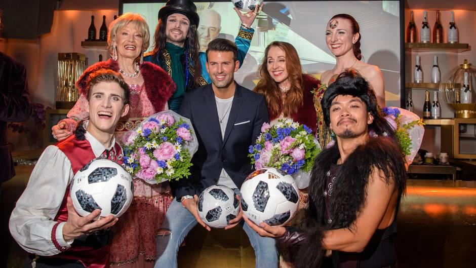 """Jay Khan meets Dschingis Khan: Ralph Siegel hat den Partyhit """"Moskau"""" zur Fußball-WM neu einspielen lassen."""
