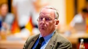 """""""Hetzer"""" und """"Steigbügelhalter der neuen Nazis"""": AfD-Chef Alexander Gauland wird scharf kritisiert"""