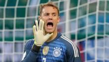 Manuel Neuer beim Länderspiel Deutschland - Österreich