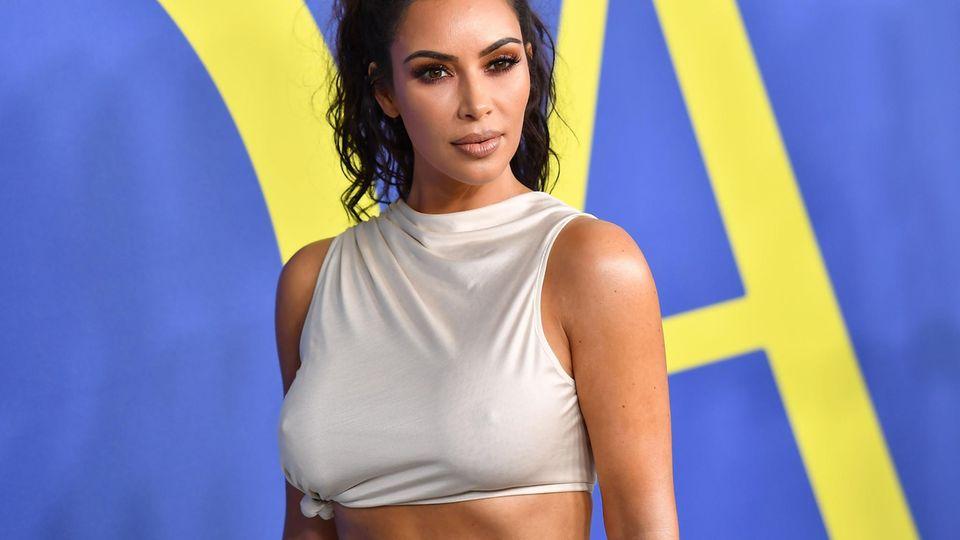 """CFDA Awards: """"Die meiste Zeit bin ich doch nackt"""": Dieser Modepreis schockt selbst Kim Kardashian"""
