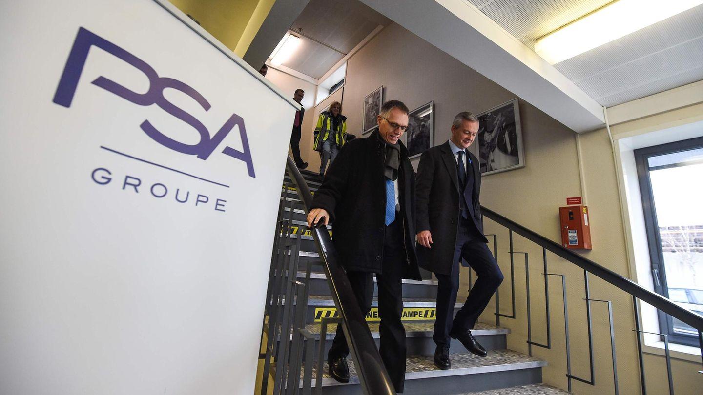 Der französische Wirtschaftsminister Bruno Le Maire (l) und PSA-Vorstandsvorsitzenden Carlos Tavares