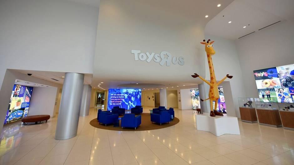 Toys R Us So Gespenstisch Sieht Es In Der Verlassenen