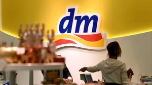 dm, Rossmann und Douglas prangern Amazon Marketplace an