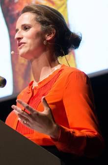 Verena Pausder während einer Medienkonferenz